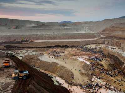 Illegal mining Mongolia