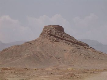 A tower of silence near Yazd, Iran, where the cult originates from. Many fled to India during the Muslim conquest of Persia in the 7-8th centuries. Credit: Maziart (see wikimedia commons for licence info)